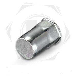Стальная заклепка с внутренней резьбой, уменьшенный бортик, полушестигранная, закрытая